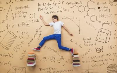 Il rientro a scuola dopo le vacanze: come aiutare i bambini a riprendere i ritmi